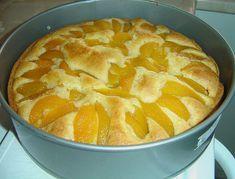Zutaten 1 Dose Pfirsich(e) 175 g Zucker 4 Ei(er) 200 g Butter, weiche 1 Pck. Bac…