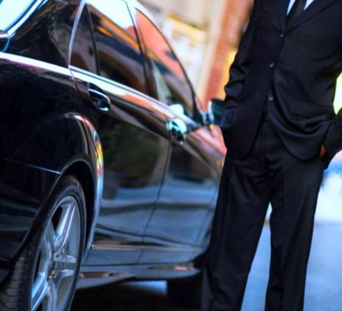 #Wooburn #Green #Taxis - We are a reliable and efficient taxis services in Wooburn Green. Quick quote will be displayed after entered your pick up at cheap price.