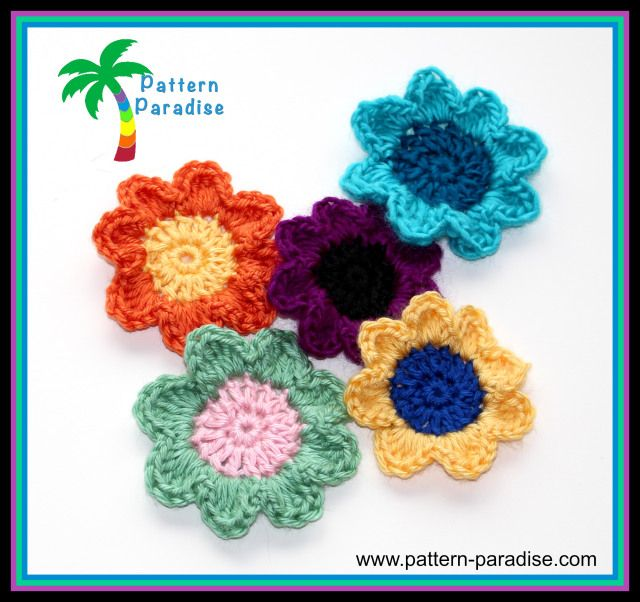 I've been making a lot of flowers this year...they aren't hard and they sure are pretty..but I really don't like making them. This pattern looks like one even I wouldn't mind making and so pretty!
