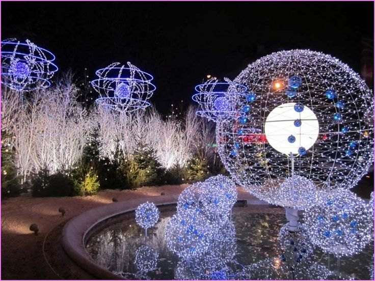 28 best outdoor christmas decorations cbs christmas