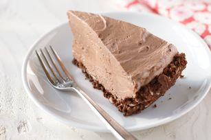 Prizewinning Chocolate Cheesecake-know that the amazing ingredient in this simple recipe is NUTELLA! You won't be able to stop eating it...