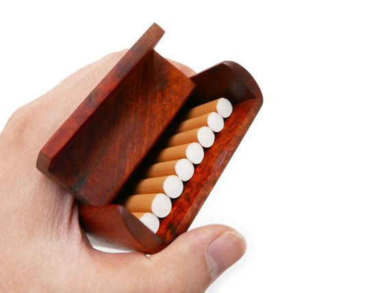 Material: Premium Rosewood Burl - Size: 9.5cm* 7cm * 1.7cm Inner: 8.4cm*6cm*0.8cm  (Handcrafts have slight size deviation)  This is a very decent and practical Rosewood cigarettes box. It comes with beautiful Premium Rosewood Burl and a natural wood Aroma! You can load 8 cigarettes in it.  SPECIAL NOTE: IF YOU WANT TO CHOOSE A SPECIFIC FIGURED PATTERN, PLEASE CONTACT ME FOR THE AVAILABLE ONES IN STOCK. OR I WILL RANDOMLY DELIVER THE CASE. Features of Rosewood : Hard Material with high…