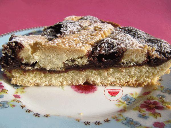 http://cocomerorosso.blogspot.it/2014/04/crostata-con-crema-gianduia.html Crostata con  crema gianduia