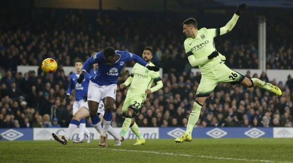 January 7 2016 - Lukaku scores the winner as Everton gain a 2-1 first leg advantage over Manchester City in the League Cup