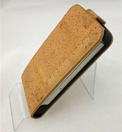 Galaxy III Flip Case Natural Cork.