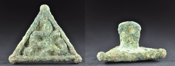 Bactrian bronze stamp seal in shape of triangle, 2nd millenium B.C. Bactrian bronze stamp seal in shape of triangle with handle with hole, 5.6 cm long, 59.2 gr weight. Private collection