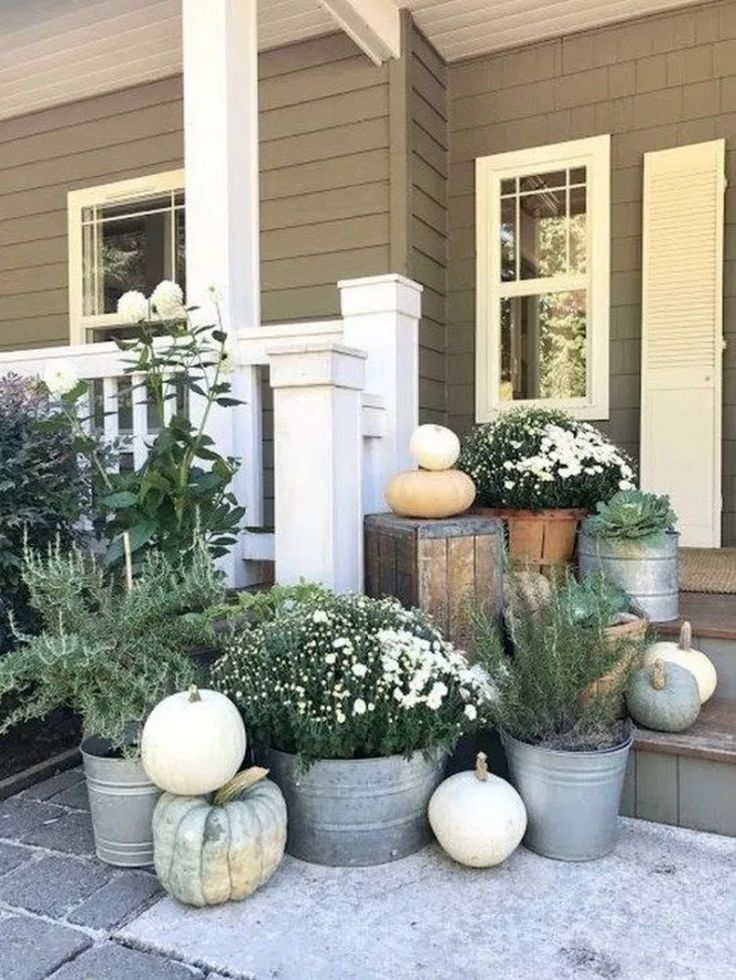 ✔62 Creative Rustic Farmhouse Front Porch Decorating Ideas To Get Unique Look …
