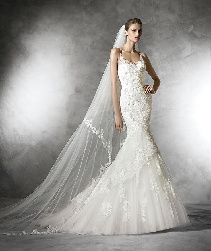 Mariana, tulle wedding dress with gemstone embroidery