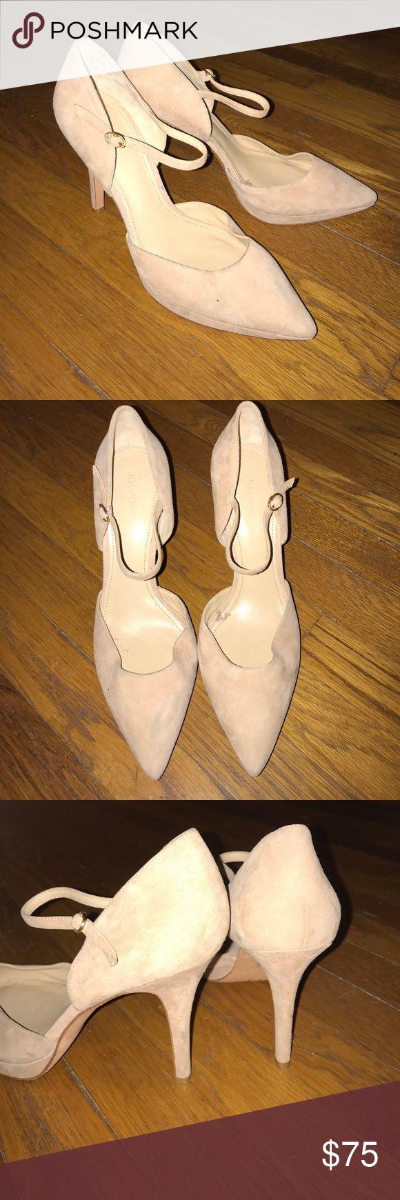 Nude Joan & David, Heels Nude heels, with single strap. Slightly worn but still in good condition. Joan & David Shoes Heels