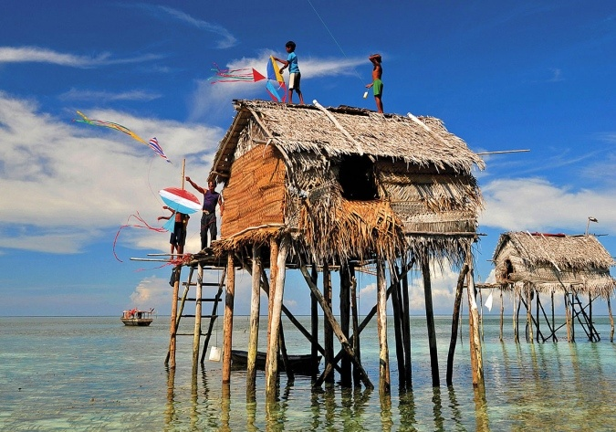 David won himself a Tamron Lens with this terrific photo taken at the Bajau Laut tribe settlement in Sabah, Malaysia.