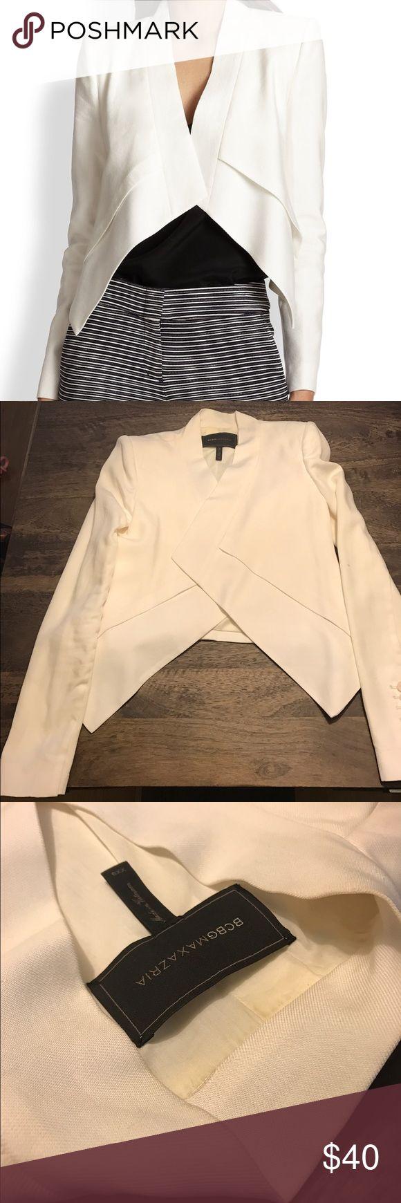 Bcbg max azria Lloyd blazer Size xxs. Never been worn. In perfect condition BCBGMaxAzria Jackets & Coats Blazers