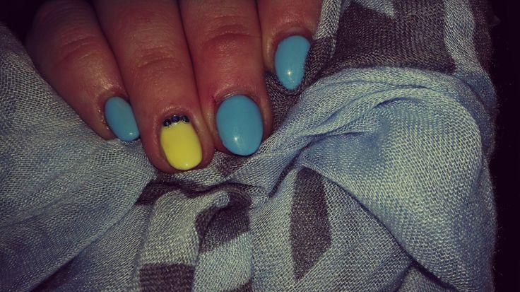 Baby blauw en geel