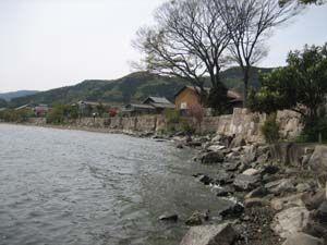 海津・西浜の石積み