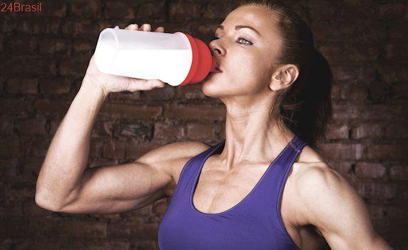 Whey Protein feminino – Para que serve, se engorda, como tomar e melhor marca