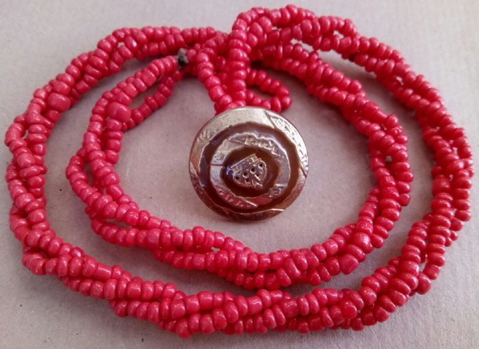 Currently at the #Catawiki auctions: Old Mediterranean red coral necklace on three rows-46,5 cm