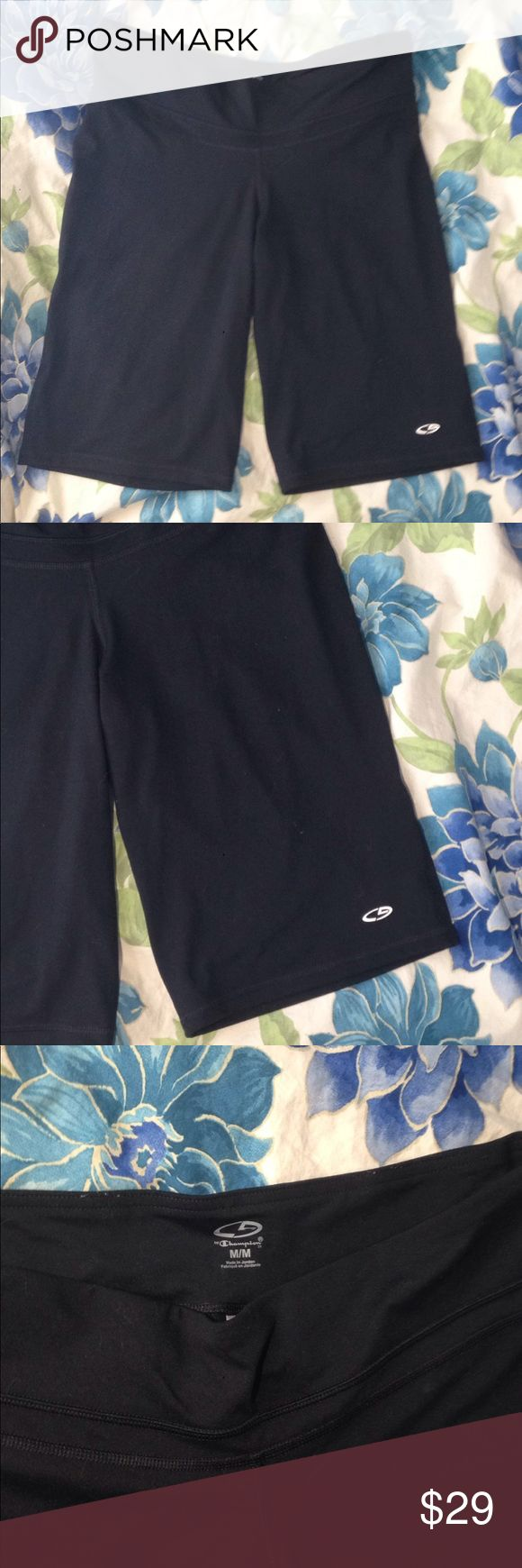 Active l Capris Shorts Champion Active Gym Capris Shorts in Black Size Medium workout shorts for gym running treadmill weight lifting polyester and spandex Champion Shorts