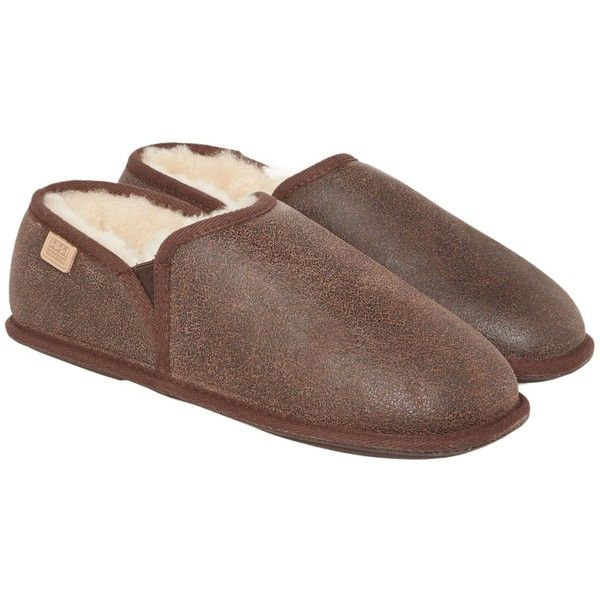 Just Sheepskin Hoxton Closed Back Slipper ($57) ❤ liked on Polyvore featuring men's fashion, men's shoes, men's slippers, sale men nightwear, mens slippers, just sheepskin mens slippers, mens shoes, mens fleece lined slippers and mens fleece lined shoes