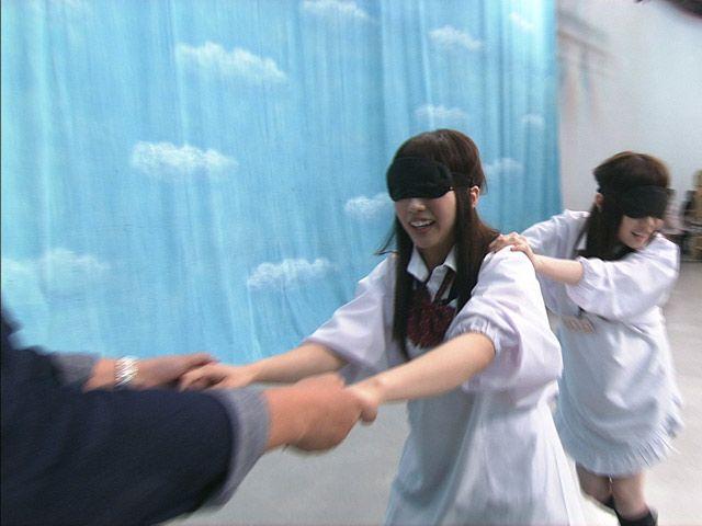 ▼28Jul2014テレビドガッチ|SKE48松村香織&谷真理佳が伝説の「進め!電波少年」ヒッチハイクの旅に挑戦『SKE48 エビショー!』 http://dogatch.jp/news/ntv/26878 #SKE48 #Kaori_Matsumura #Marika_Tani #Ebishow