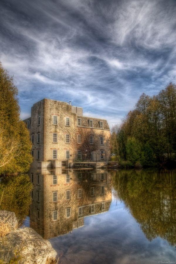 Millcroft Inn & Pond - Alton, Ontario, Canada