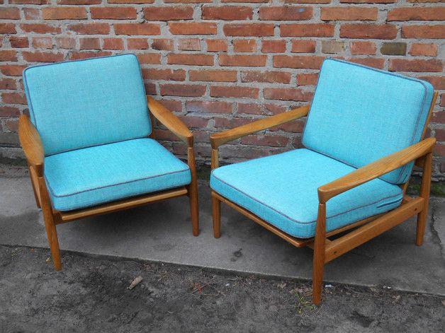 Meble lata 60; fotele zostały przez nas strannie odnowione.