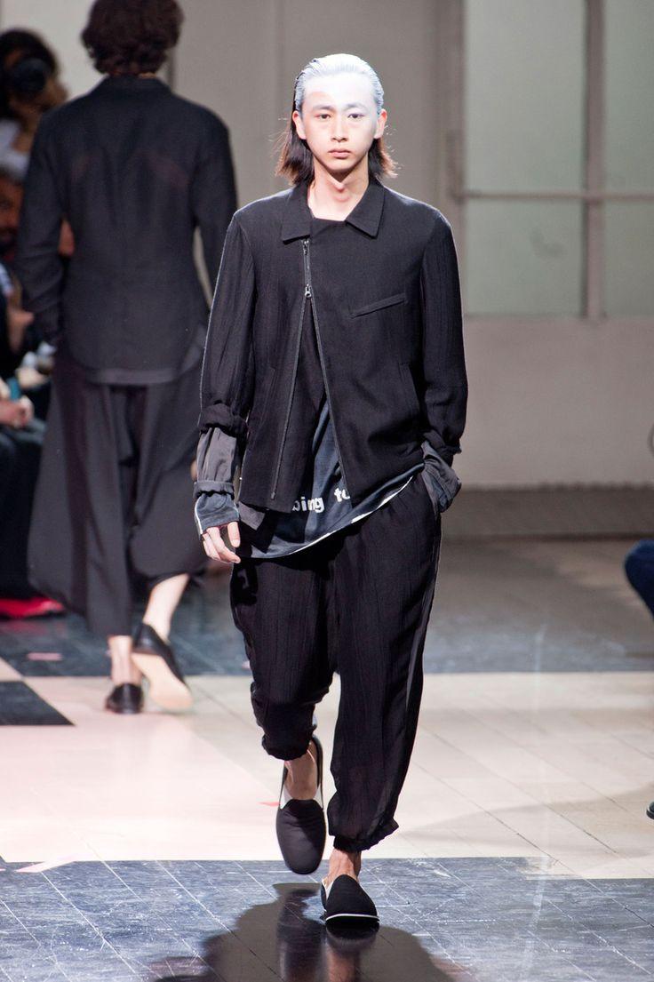 Défilé Yohji Yamamoto Homme Printemps-été 2014 Paris