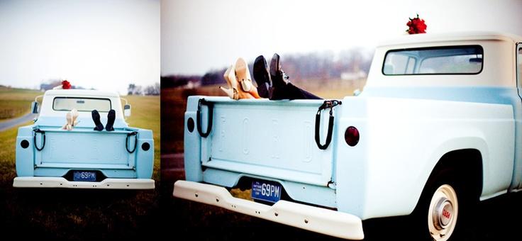 wedding: Weddings Photography, Pickup Trucks, Weddings Pictures, Old Trucks, Vintage Trucks, Photography Weddings, Trucks Pictures, Weddings Shots, Pictures Idea