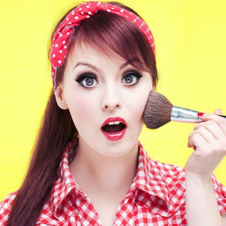 Pallide e pallidissime d'estate? Il miglior make-up per le pelli di luna anche ad agosto! | ClioMakeUp Blog | Bloglovin'