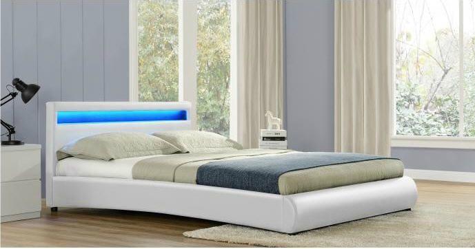 CONCEPT USINE Lit Birmingham - Cadre de lit en simili cuir Blanc avec LED intégrées prix promo Lit de 2 places Mistergooddeal 329.90 €
