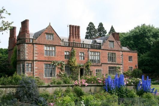Dorfold Hall, Nantwich, Cheshire - Jacobean mansion constructed in 1616–21 considered by Nikolaus Pevsner to be one of the two finest Jacobean houses in Cheshire. A manor at Dorfold is recorded in Henry III's reign (1216–72); early landowners were the Wettenhall, Arderne, Davenport & Bromley families. Dorfold Hall is a two-storey building on a double-pile plan in red brick with stone dressings. The main façade features a recessed centre with two small wings & large windows.
