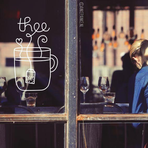 Gek op een kopje thee? Dan staat deze raamtekening vast goed op je (keuken) raam! Ook heel geschikt voor lunchrooms en café's.