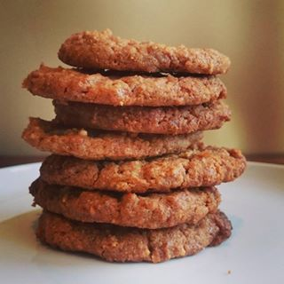 Deze week een recept voor overheerlijke koekjes: pindakaaskoekjes! De koekjes…