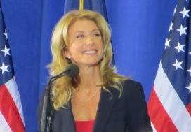Texas Governor Candidate Wendy Davis has to sign affidavit to prove who she is. Her photo ID -- a driver's license -- included her maiden name, Wendy Russell Davis. But voter registration records listed her as Wendy Davis. Difference flagged her from voter registration list as someone possibly committing voter fraud.