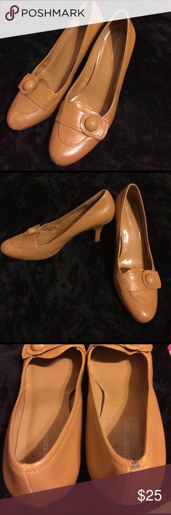 Worthington 10M beige tan high heels 👠 Worthington 10M beige tan high heels 👠 hardly ever used. However, slight scuff see pictures. Worthington Shoes Heels