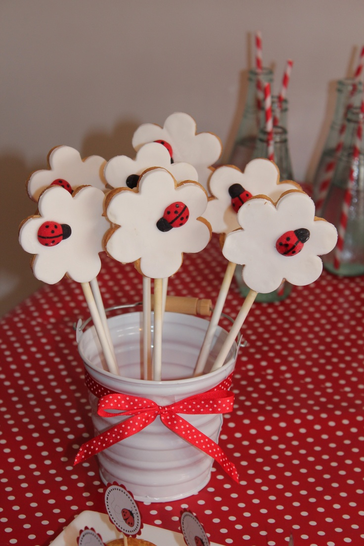 Fondant cookies on a stick