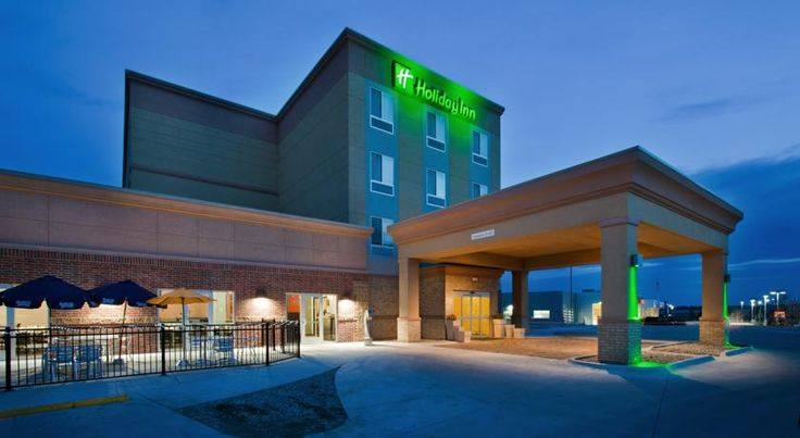 Holiday Inn Lincoln Southwest Lincoln Featuring a restaurant, indoor pool, and 24-hour fitness centre, this hotel is less than 15 minutes' drive from Lincoln Children's Zoo. Every room offers a 32-inch flat-screen cable TV with HBO.