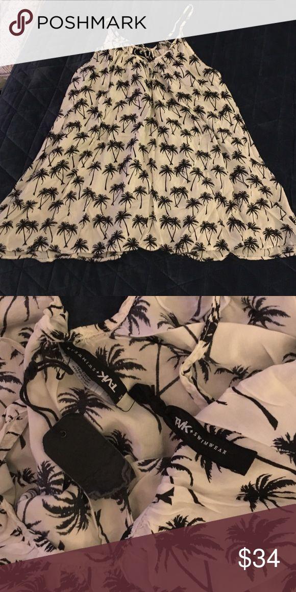 Tavik swimwear cover up mini dress palm tree print Sz m/l. Nwt. Soft rayon. Tavik Dresses Mini