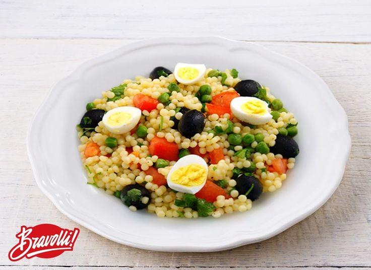 41 отметок «Нравится», 1 комментариев — Рецепты Bravolli! (@bravolli.ru) в Instagram: «#рецепты_Bravolli Cалат из Птитима с овощами и перепелиными яйцами Время: 35 минут. Купить птитим…»