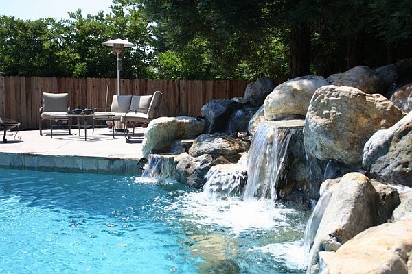 Pool with water feature....the kids will love it.