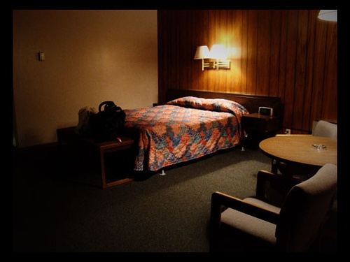 Motel room - Evanston, Wyoming by clarity25, via Flickr