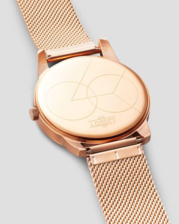 A time teller for both her and him, crafted for individuals who find sophistication in minimalistic design. Featuring a brushed rose gold stainless steel case and adjustable brushed rose gold mesh str