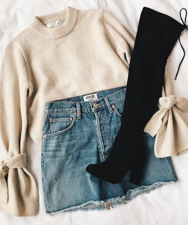 Casual outfit for everyday mini denim skirt white beige short sweater poet sleeves