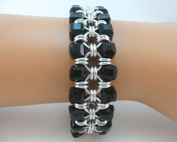 Chainmaille japonés pulsera con cristales negros, pulsera de cota de malla, cota pulsera, pulsera de cadena de maille