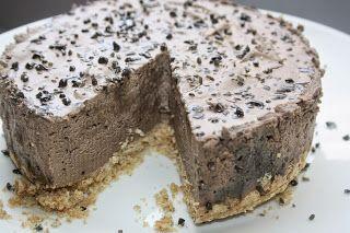 Ruokasurffausta: Suklaa-salmiakkijuustokakku