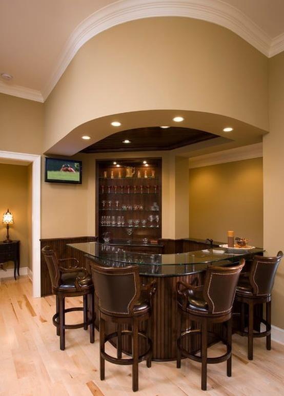 Voglio un l'angolo bar a casa mia perche mi piace bere con mi amici. Noi passiamo rilassarci e un po'di bere.