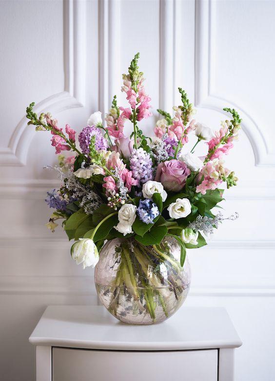 Insta And Pinterest Amymckeown5 Spring Flower Arrangements