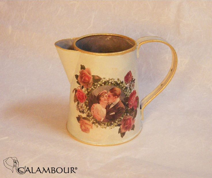 MILK JUG DECORATED WITH CALAMBOUR PAPER . http://www.calambour.it/it/le-nostre-carte/carte-di-riso/pau.html#!Pau_031