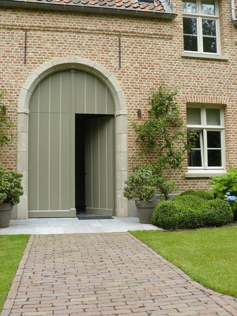25 beste idee n over buitenkant huis verven op pinterest buitenkant huisstijlkleuren huis - Grijze taupe kleurenkaart ...