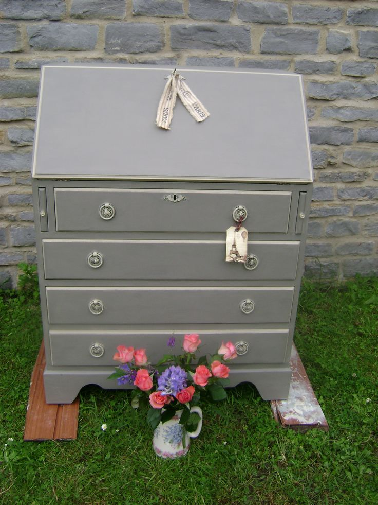 Writing bureau, painted in Annie Sloan 'French Linen' & 'Country Grey'