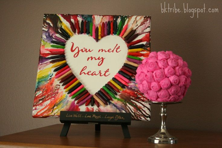 The Brown Eyes Have It: Melted Crayon Heart Art