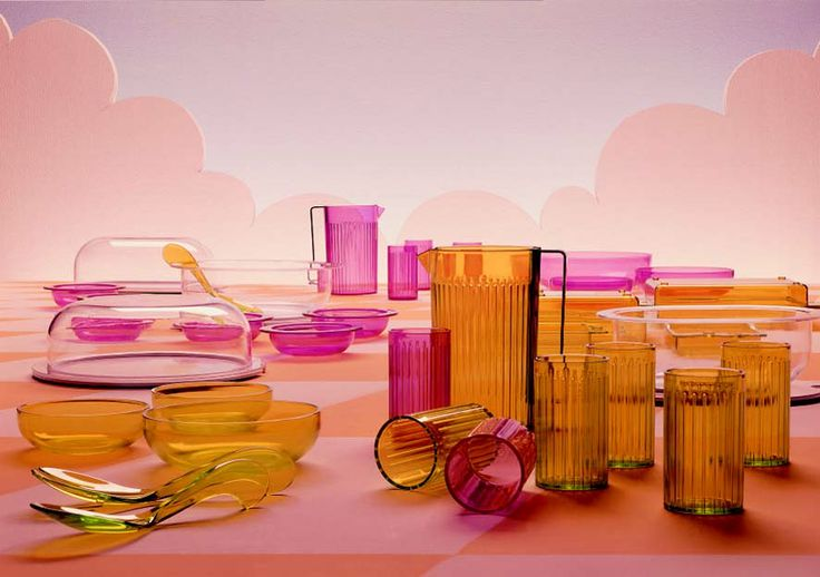 Kartell tableware collection in 1970's